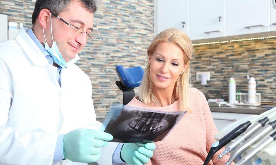 Info-dentistes.fr recense entre autres les chirurgiens dentistes qui acceptent la CMU